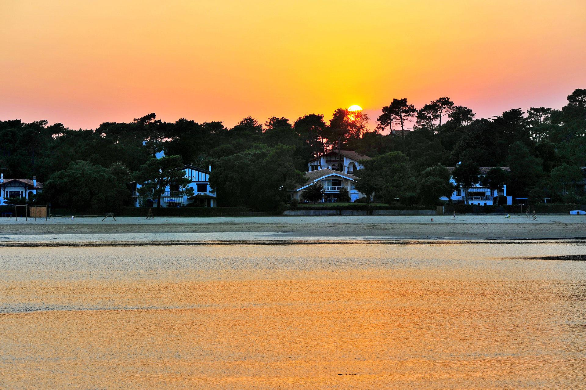 Lever de soleil sur Hossegor - Photo Gérard Perez