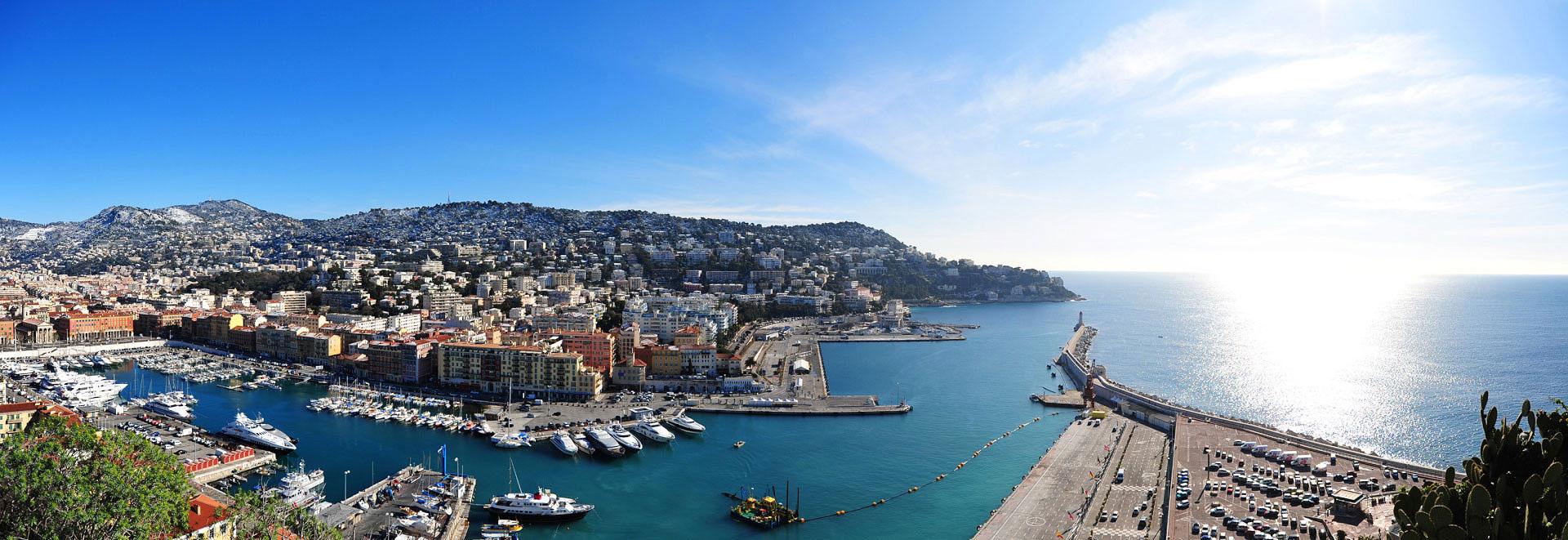 Le Port de Nice vu du Château. Photo Gérard Perez